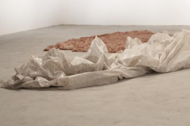 Instalação de Simon Linington, na Emma Thomas, em São Paulo