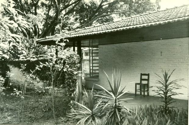 Casa construída em 1942 por Vilanova Artigas, em São Paulo