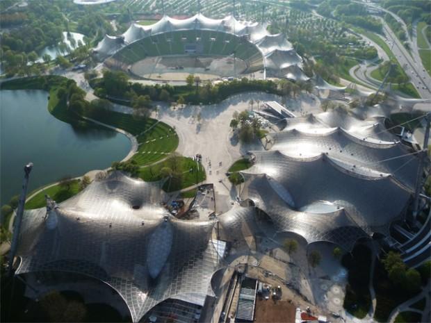 Vila olímpica de Munique, um dos principais projetos de Frei Otto, de 1972